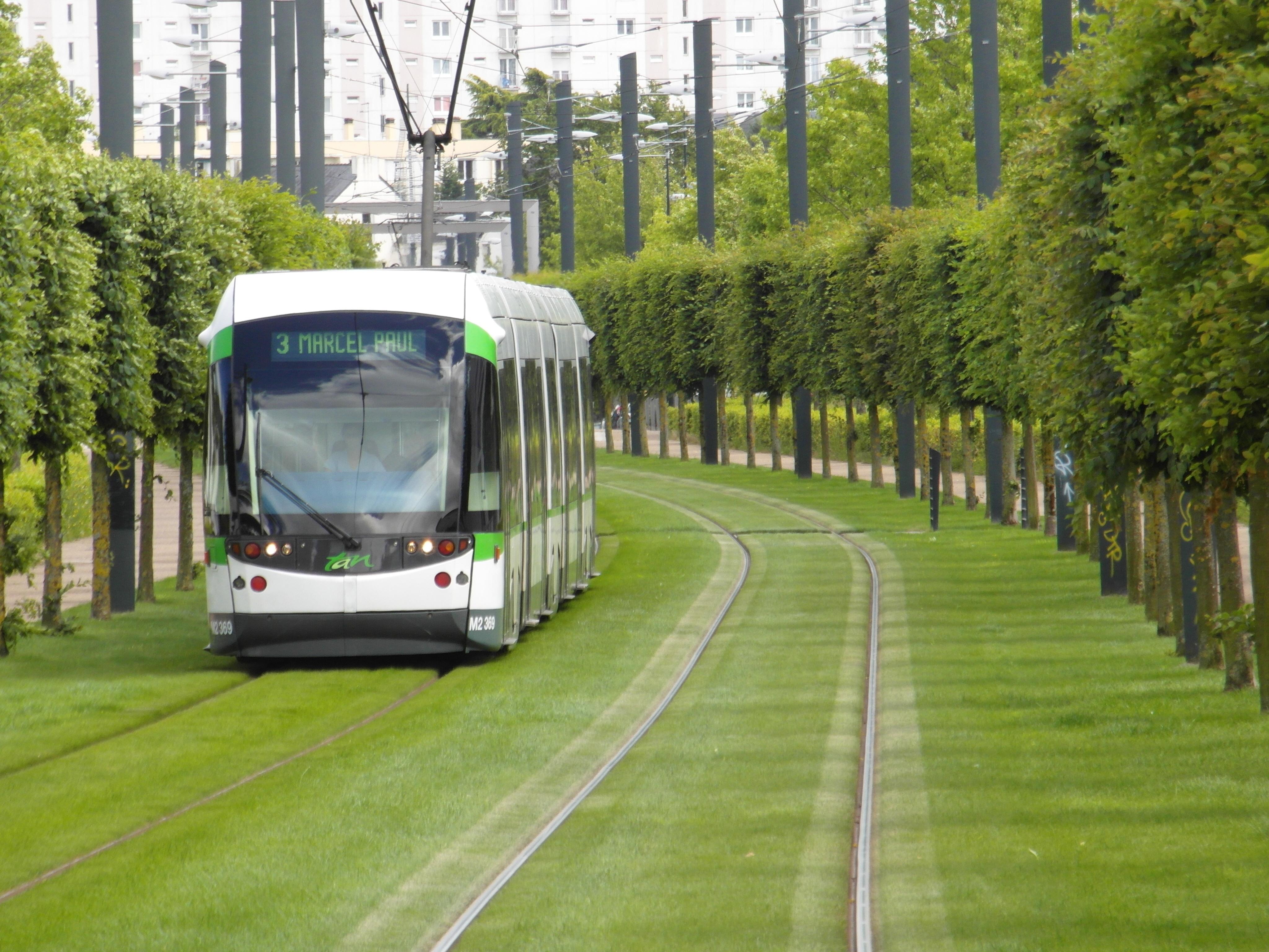 Flickr_-_IngolfBLN_-_Nantes_-_Tramway_-_Ligne_3_-_Orvault_(17)